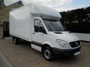 Luton Van and Man in Cuffley